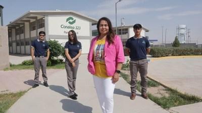 Conalep III in Ciudad Juarez, Mexico, is participating in the Microsoft TEALS computer science education program this 2021-22 school year. Principal Alma Rosa Cital stands with high school students Roberto Delgado Muñoz, Daisy Aguilera Suarez and Alexis García Amador.
